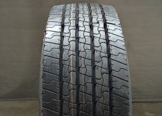 China 255/70R22.5 Size Low Profile Tires 17.5 - 22.5 Inch Diameter Large Load Capacity supplier