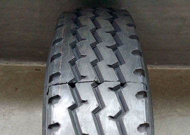 China Black Color Truck Bus Radial Tyres Triple Zigzag Grooves Anti Sideslip supplier